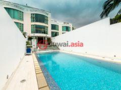 居外网在售中国香港香港岛3卧3卫的房产USD 28,050,000