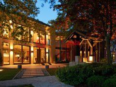 居外网在售卢森堡5卧8卫的房产总占地55037平方米