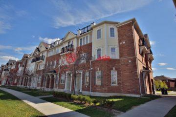 居外网在售加拿大Oakwood Corners3卧3卫的房产总占地139平方米CAD 699,900