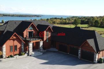 居外网在售美国5卧5卫新房的房产总占地148520平方米USD 1,895,000