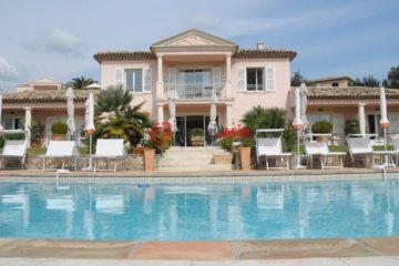 居外网在售法国格里莫的房产总占地4619平方米EUR 9,000,000