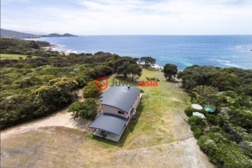 澳洲房产房价_塔斯马尼亚房产房价_Bicheno房产房价_居外网在售澳洲Bicheno3卧2卫曾经整修过的房产总占地11400平方米AUD 899,000