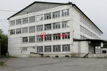 居外网在售俄罗斯克拉斯诺亚尔斯克RUB 110,000,000总占地11546平方米的商业地产