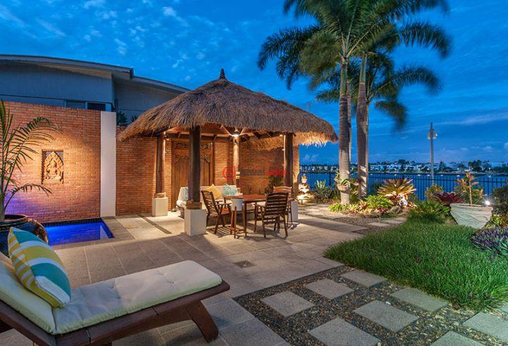 并且带有完美的朝向,冬季可充分接受到东北方照射来的阳光;坐在巴厘岛