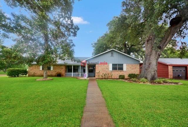 美国德克萨斯州莱克杰克森4卧3卫的房产图片